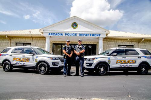POLICE DEPARTMENT CARS AND COPS2